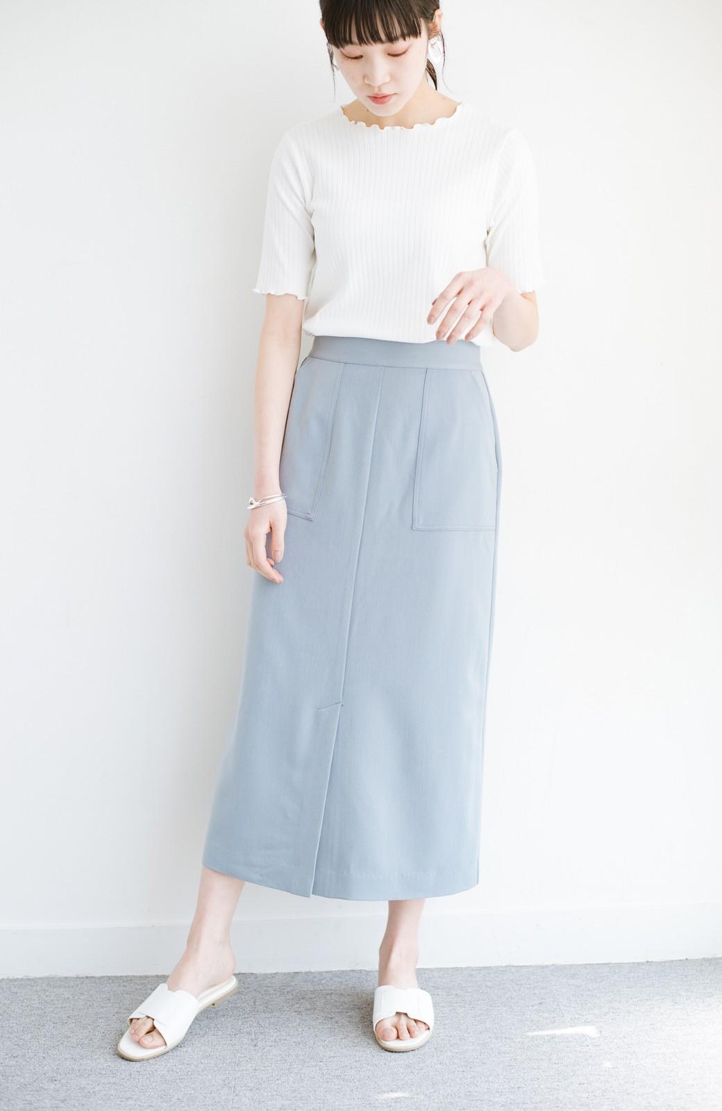 haco! カジュアルにもきれいめにも着られて便利 スリットが女っぽいセミタイトスカート <ブルー>の商品写真1