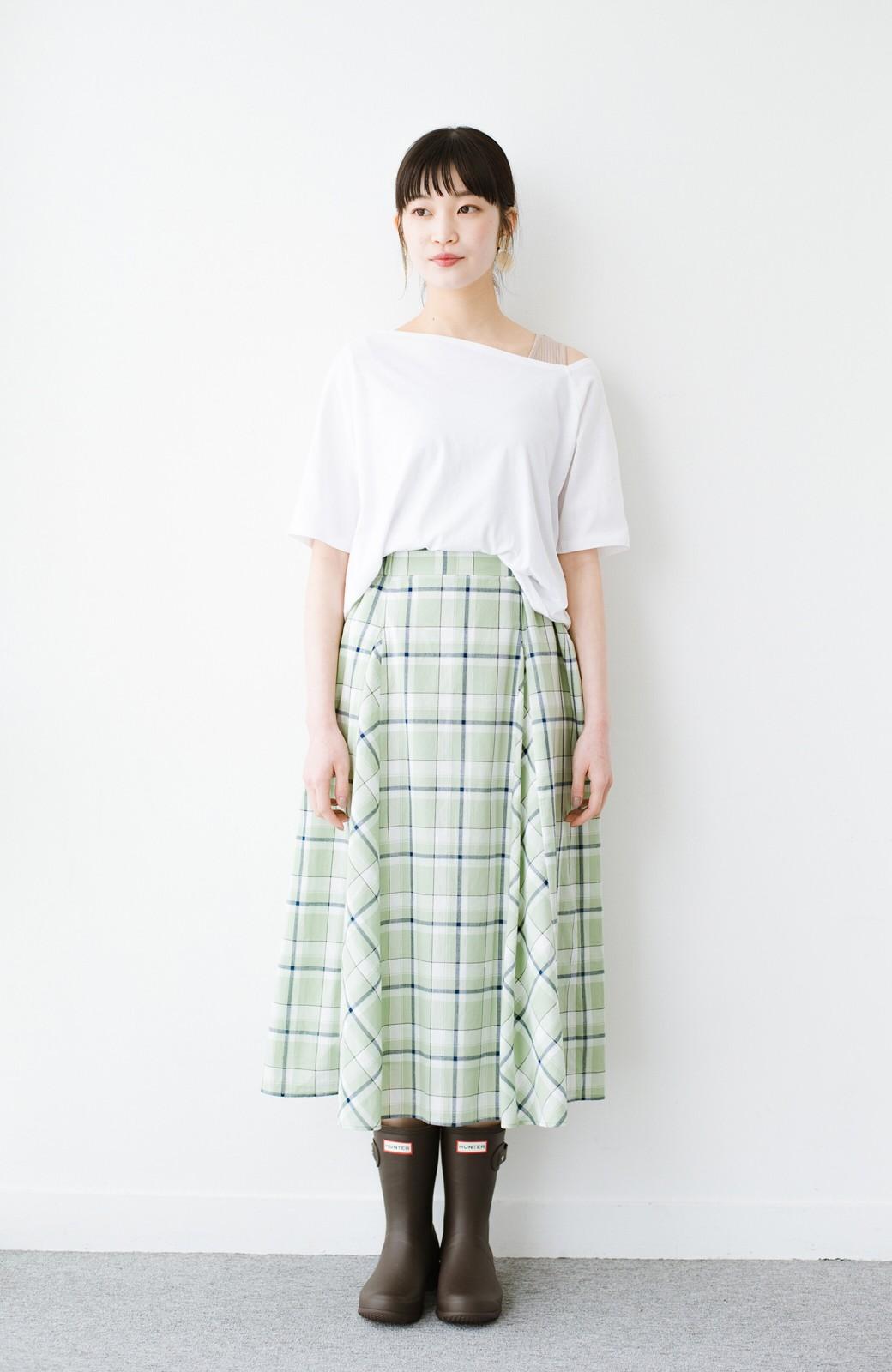 haco! 気になっていたあのデザインを取り入れやすく!こなれ衿Tシャツとタンクトップのセット <ホワイト>の商品写真12