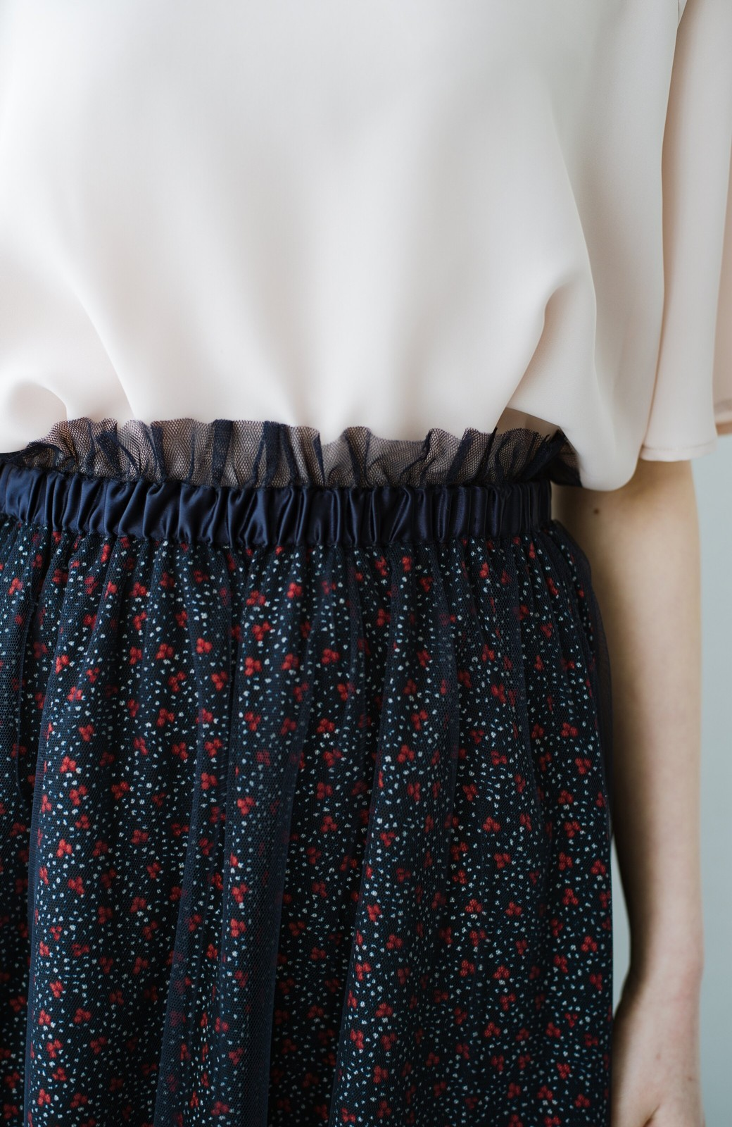 haco! 何着よう?と困った日にも元気がない日にも これさえはけば大丈夫な柄&チュール重ねスカート <ネイビー>の商品写真6