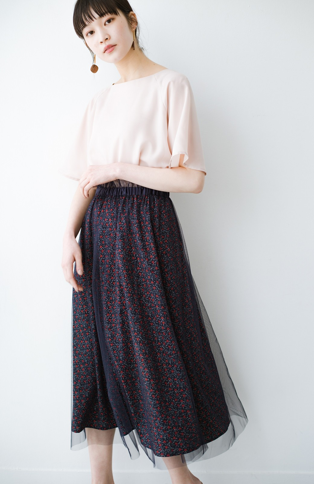 haco! 何着よう?と困った日にも元気がない日にも これさえはけば大丈夫な柄&チュール重ねスカート <ネイビー>の商品写真1