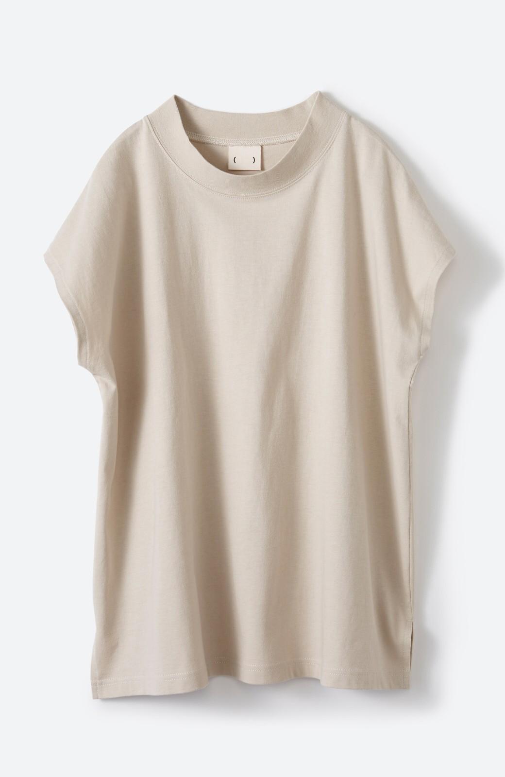 haco! 迷ったらコレ!でおしゃれに見える いくつあっても便利な定番ハイネックTシャツ <ライトベージュ>の商品写真14