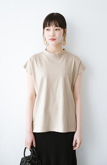 haco! 迷ったらコレ!でおしゃれに見える いくつあっても便利な定番ハイネックTシャツ <ライトベージュ>の商品写真