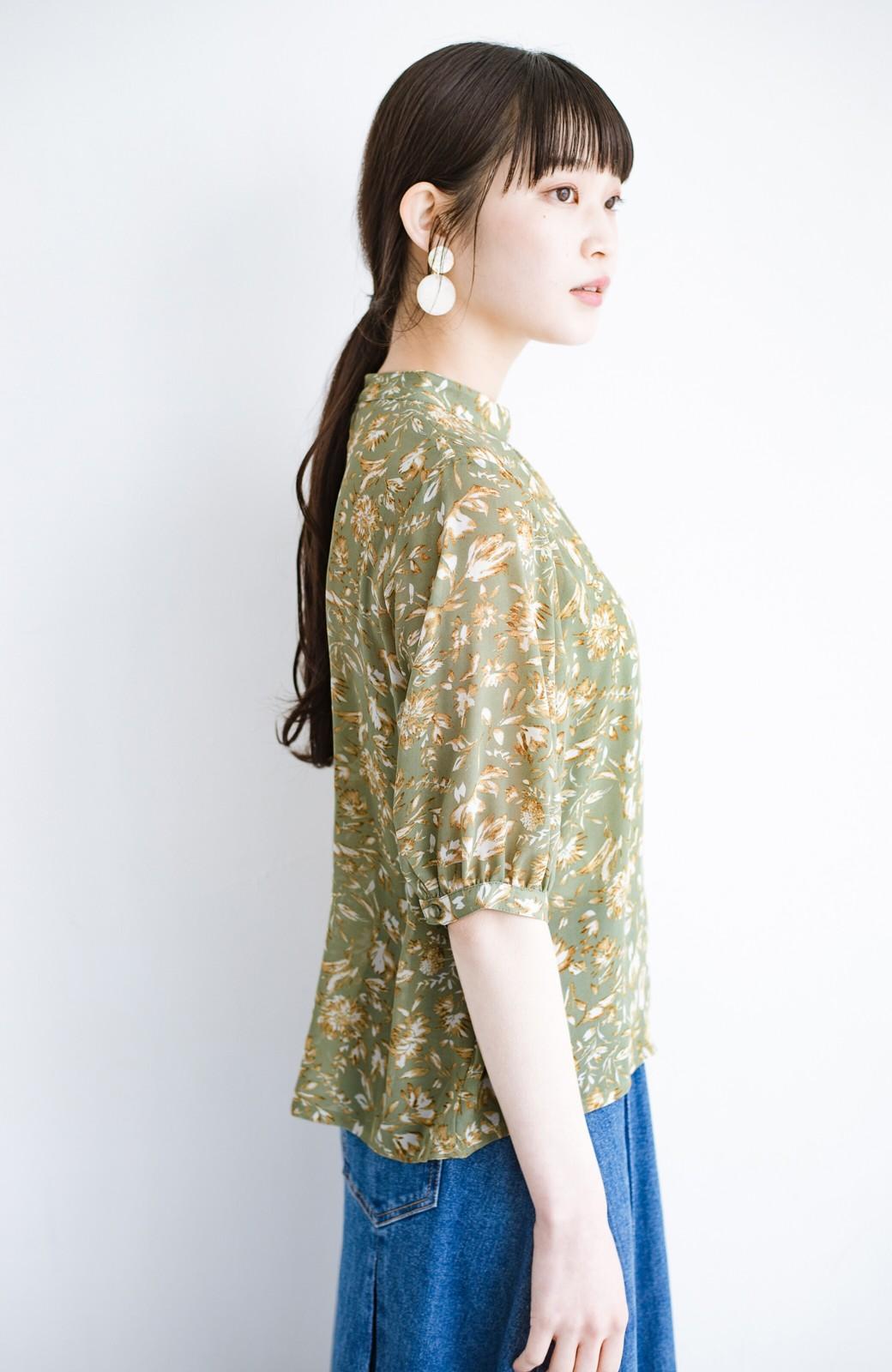 haco! 照れずに着られるとろみシフォンの大人可愛い花柄ブラウス <グリーン系その他>の商品写真15