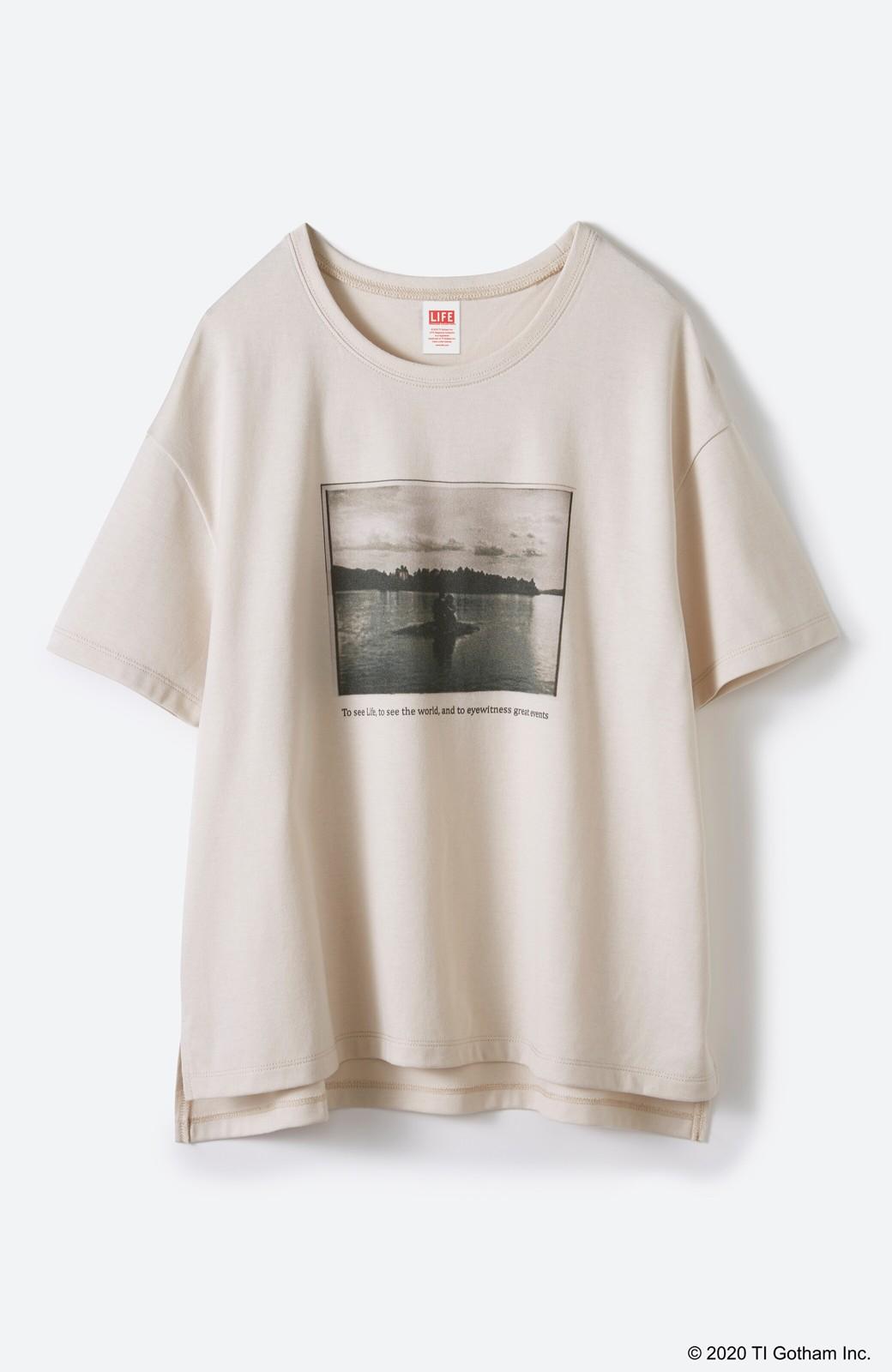 haco! フォトマガジン「LIFE」コラボ 大人のためのしなやかフォトプリントTシャツ <ライトベージュ>の商品写真16