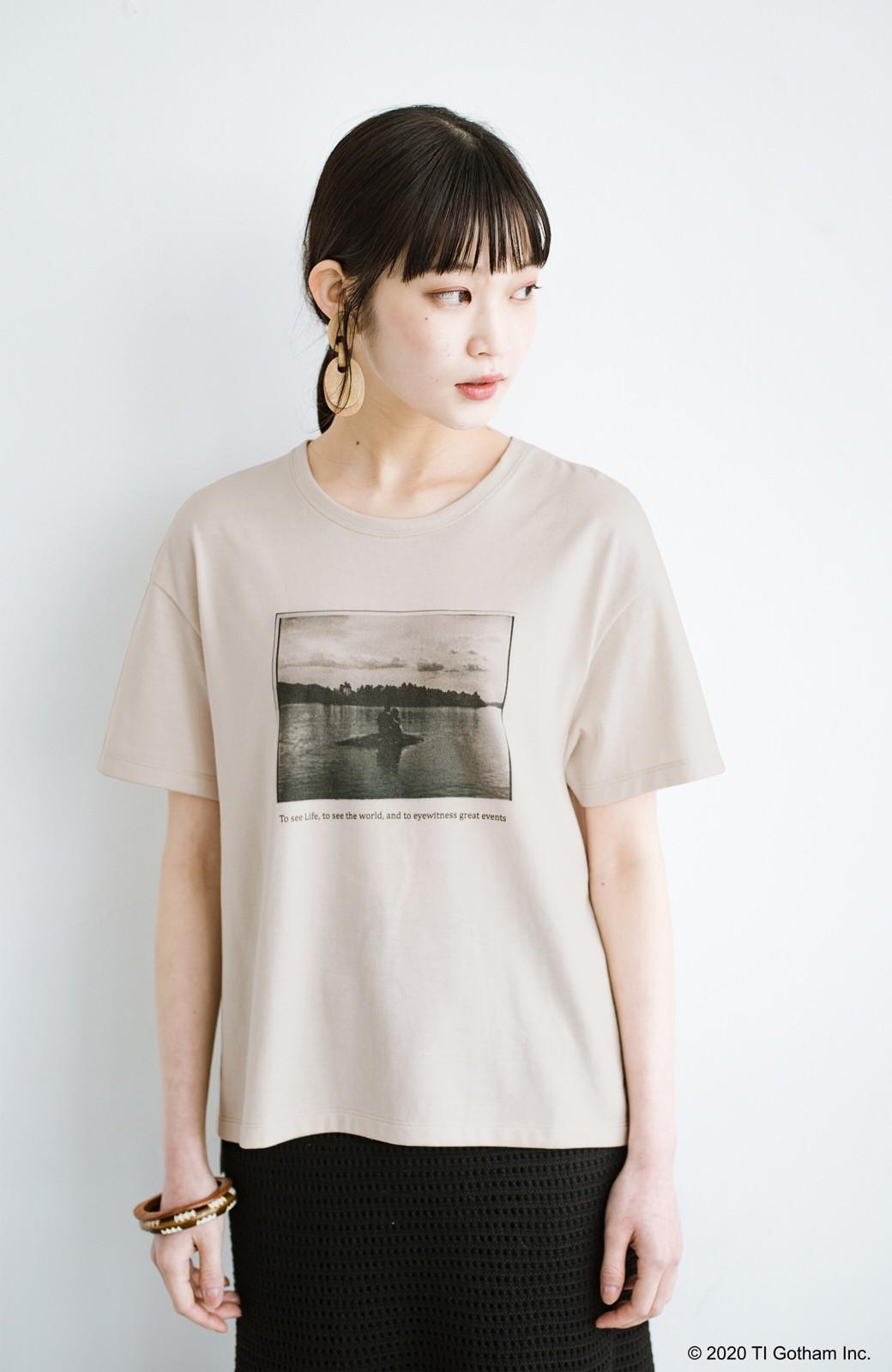 haco! フォトマガジン「LIFE」コラボ 大人のためのしなやかフォトプリントTシャツ <ライトベージュ>の商品写真12