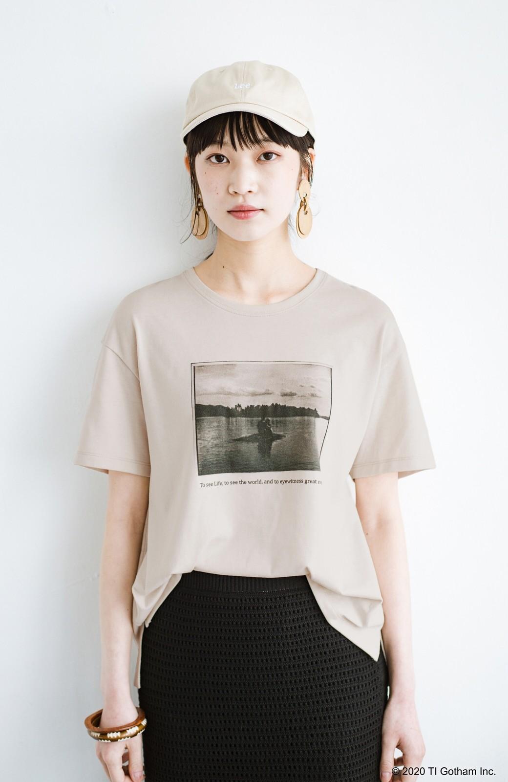 haco! フォトマガジン「LIFE」コラボ 大人のためのしなやかフォトプリントTシャツ <ライトベージュ>の商品写真15