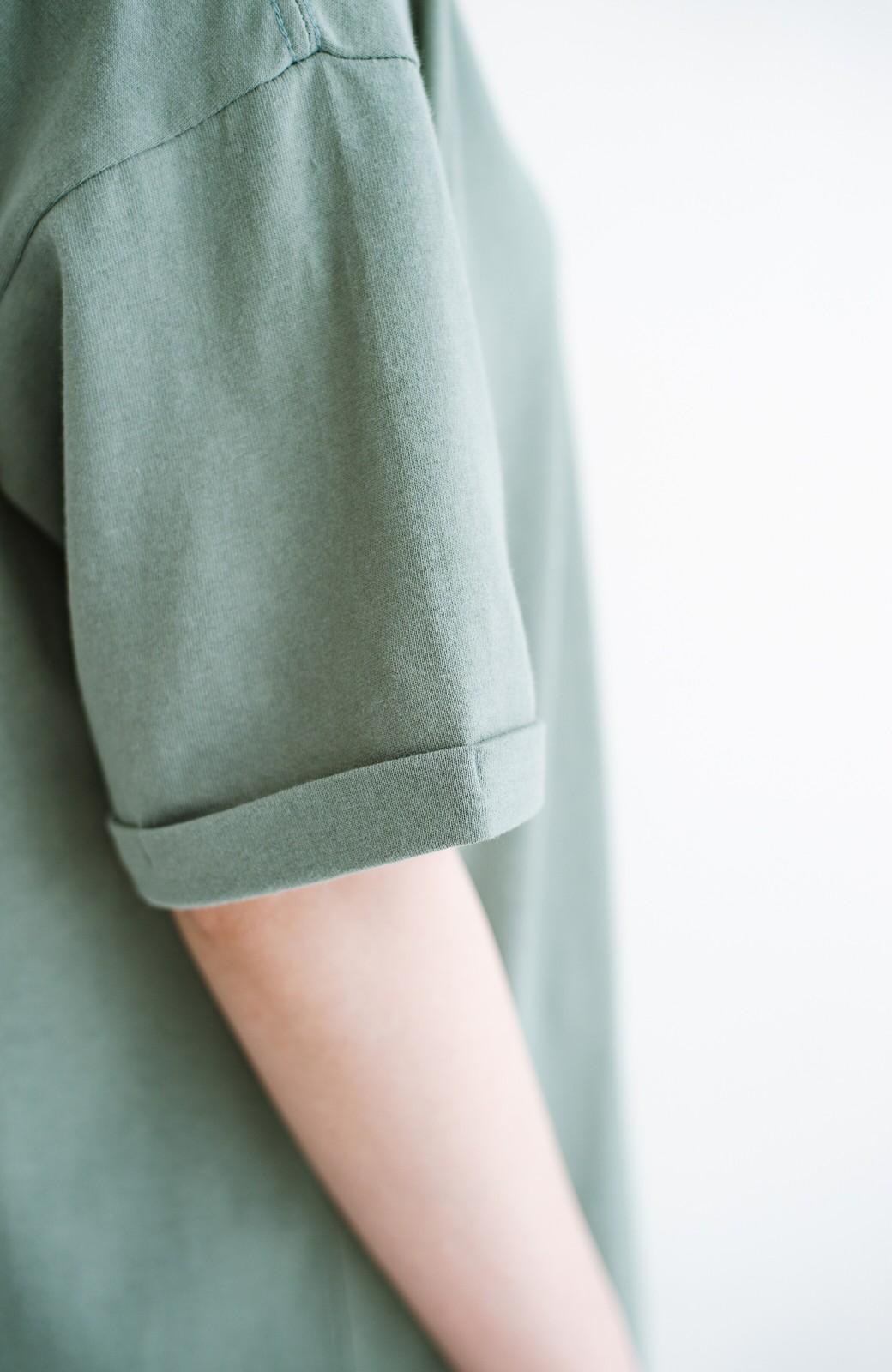 haco! キーネックがさり気なく女っぽい 重ね着にも便利なビッグTシャツワンピース <カーキ>の商品写真5
