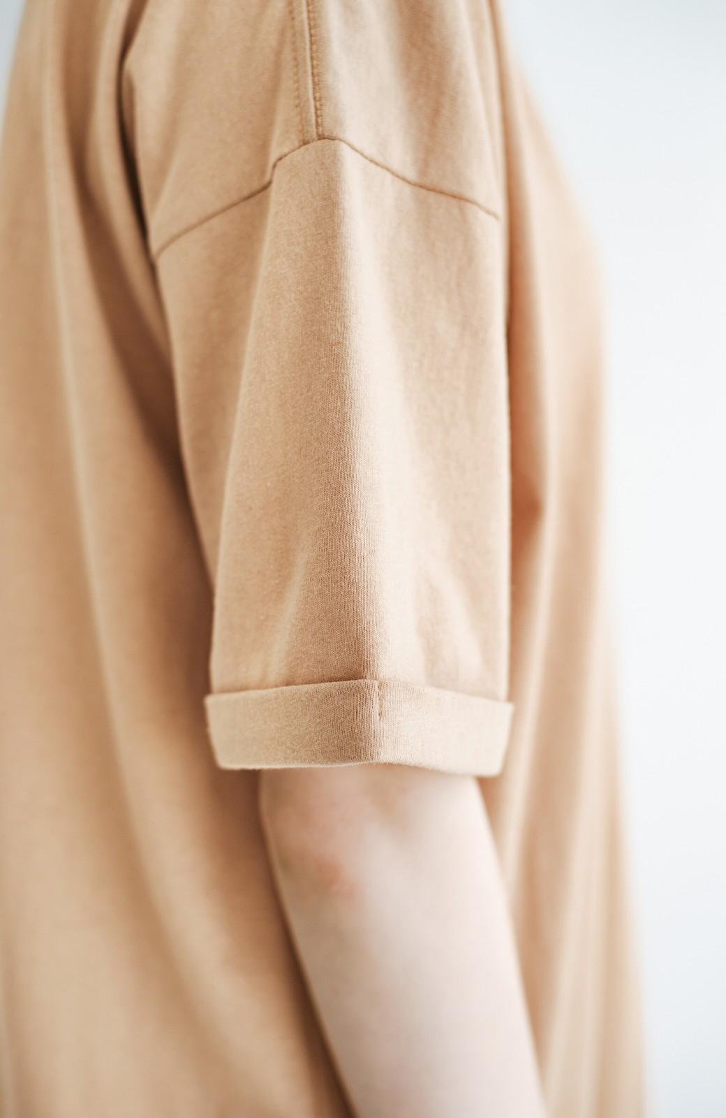 haco! キーネックがさり気なく女っぽい 重ね着にも便利なビッグTシャツワンピース <ベージュ>の商品写真6