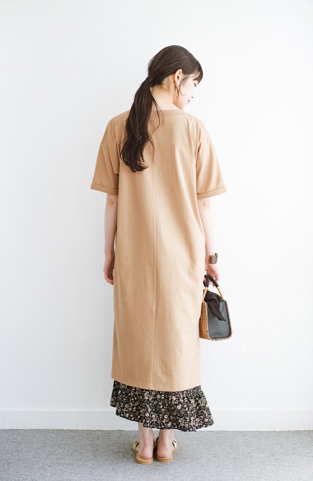 haco! キーネックがさり気なく女っぽい 重ね着にも便利なビッグTシャツワンピース <ベージュ>の商品写真12
