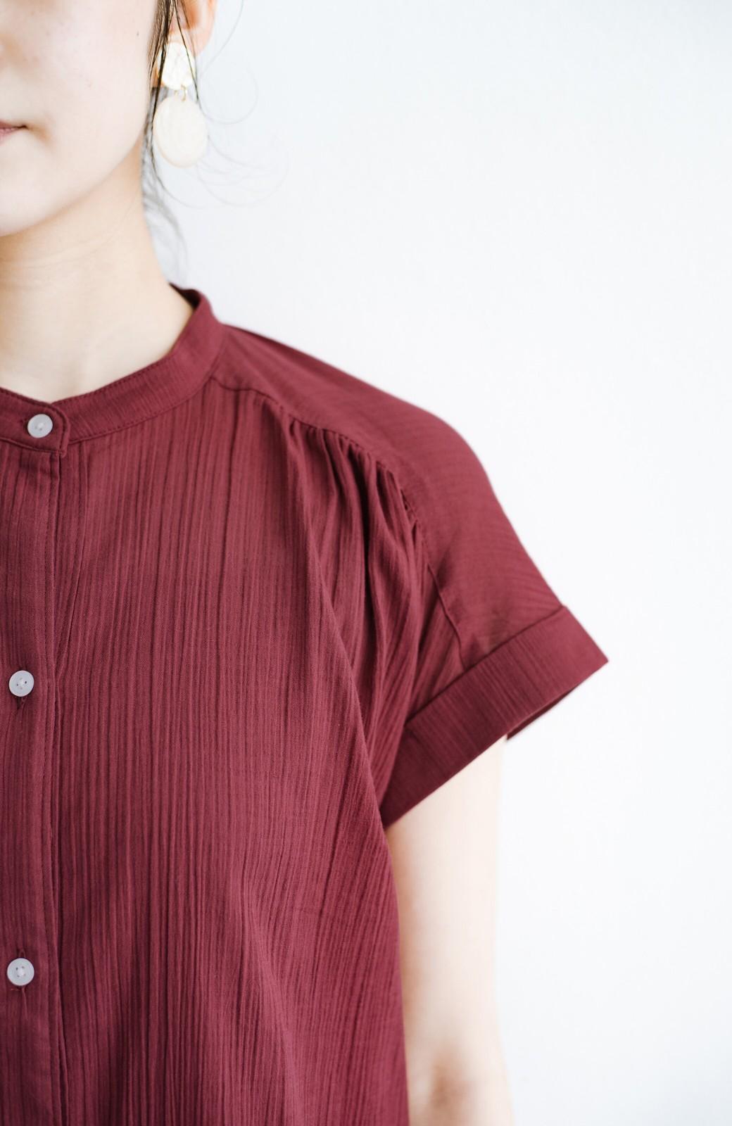 haco! バレずにとことん楽できる 羽織りとしても使える軽やかシャツワンピース <レッド>の商品写真9