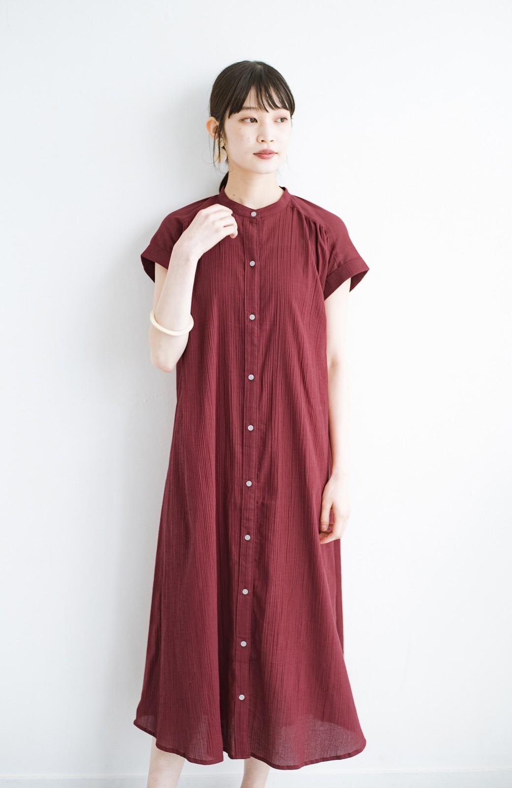haco! バレずにとことん楽できる 羽織りとしても使える軽やかシャツワンピース <レッド>の商品写真5