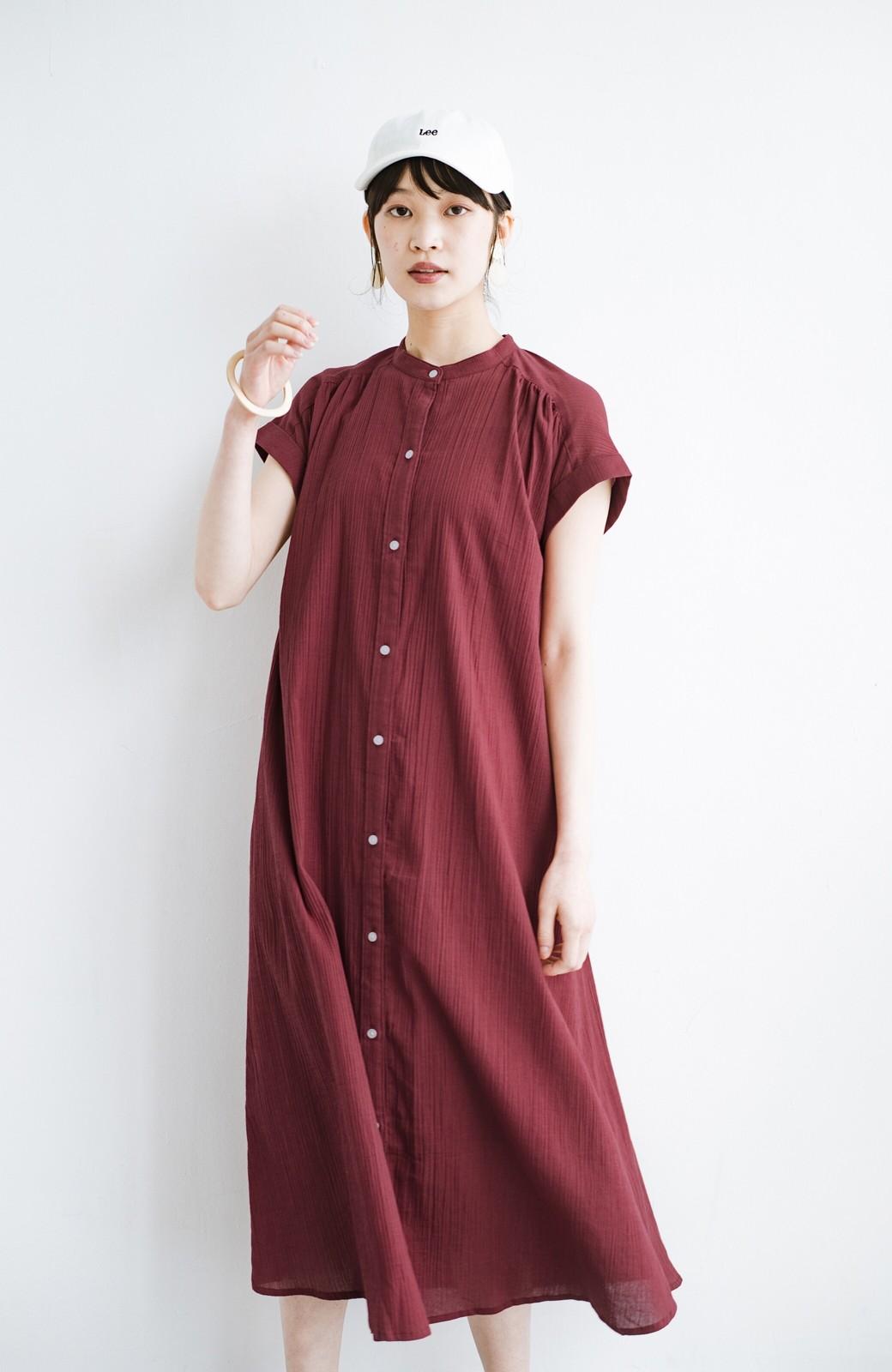 haco! バレずにとことん楽できる 羽織りとしても使える軽やかシャツワンピース <レッド>の商品写真17