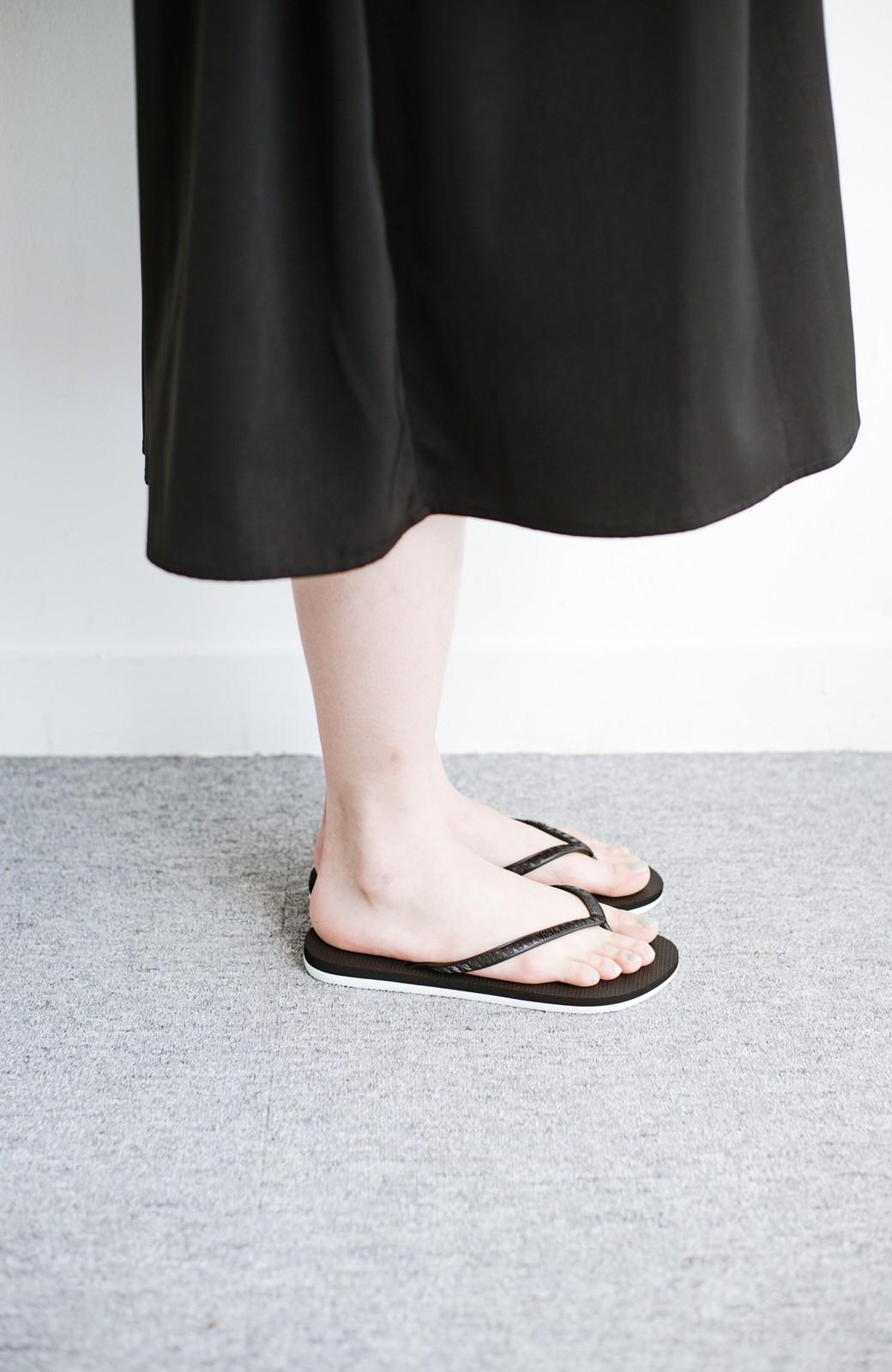 haco! 気軽に履きたい 天然ゴムのビーチサンダル byHAYN <ブラック>の商品写真4