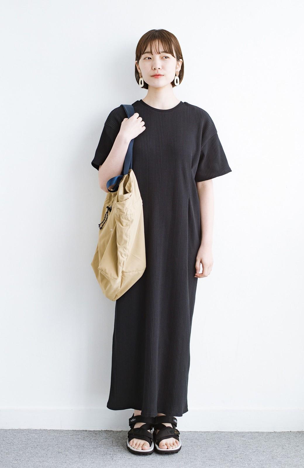 haco! パッと着るだけで楽ちんかわいいランダムテレコのTシャツワンピース <ブラック>の商品写真1