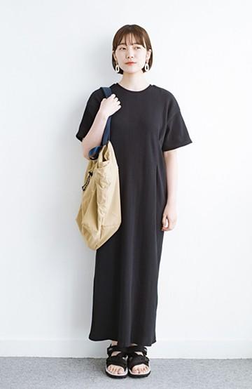 haco! パッと着るだけで楽ちんかわいいランダムテレコのTシャツワンピース <ブラック>の商品写真