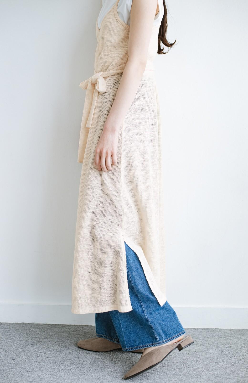 haco! 合わせて着るだけで今っぽかわいい シンプルTシャツ&カシュクールキャミワンピースセット <ライトベージュ>の商品写真4
