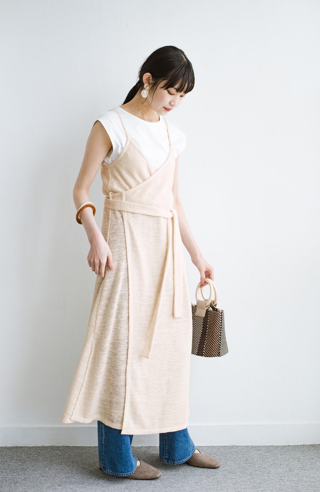 haco! 合わせて着るだけで今っぽかわいい シンプルTシャツ&カシュクールキャミワンピースセット <ライトベージュ>の商品写真10