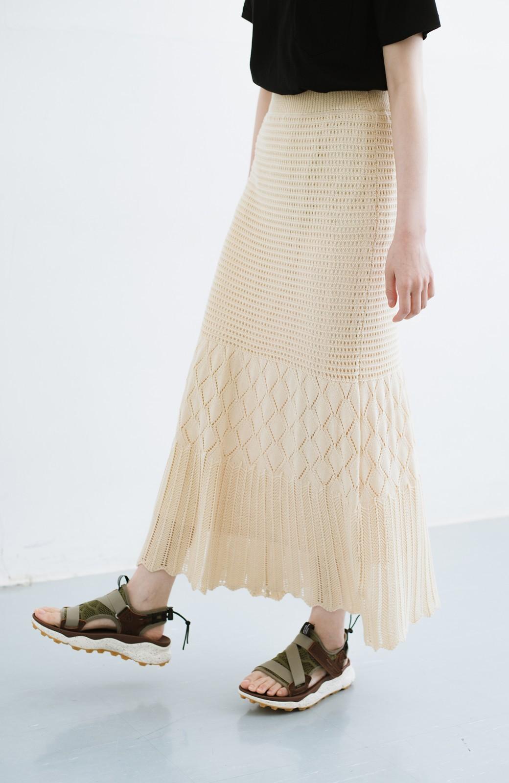 haco! 単品はもちろん重ね着してもかわいさが増す!透かし編みマーメイドスカート <アイボリー>の商品写真2