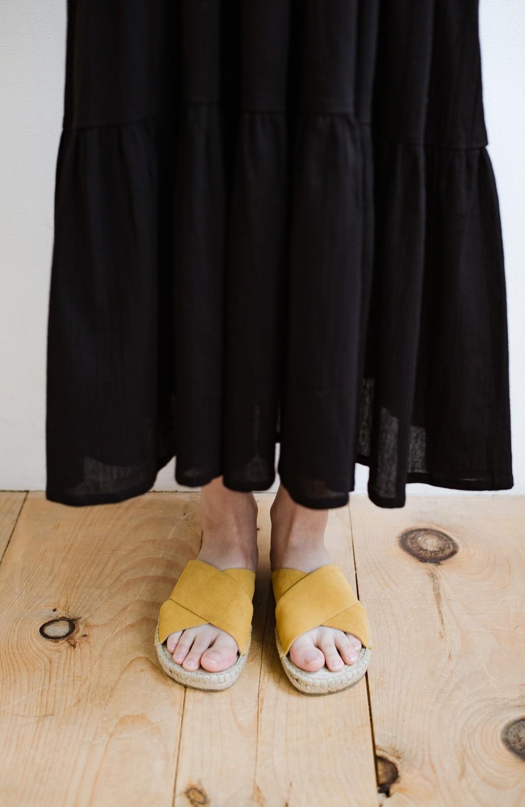 haco! hint hint 大人が気軽に履けるクロスフラットサンダル <イエロー>の商品写真2