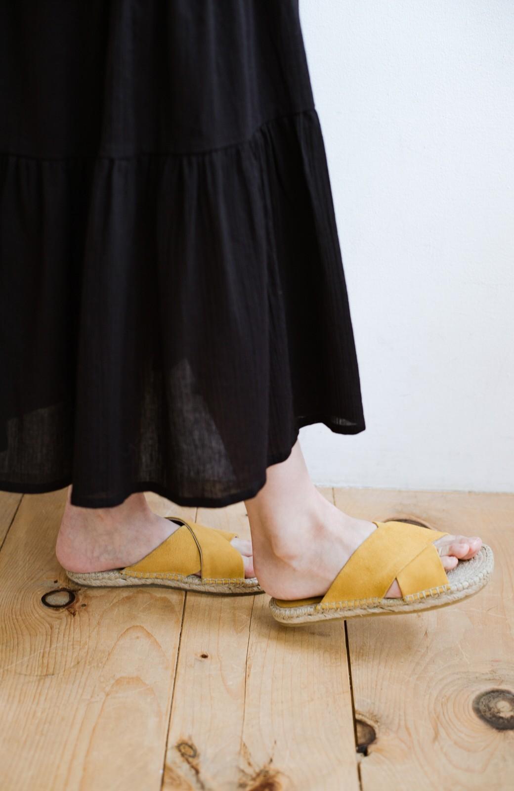 haco! hint hint 大人が気軽に履けるクロスフラットサンダル <イエロー>の商品写真4