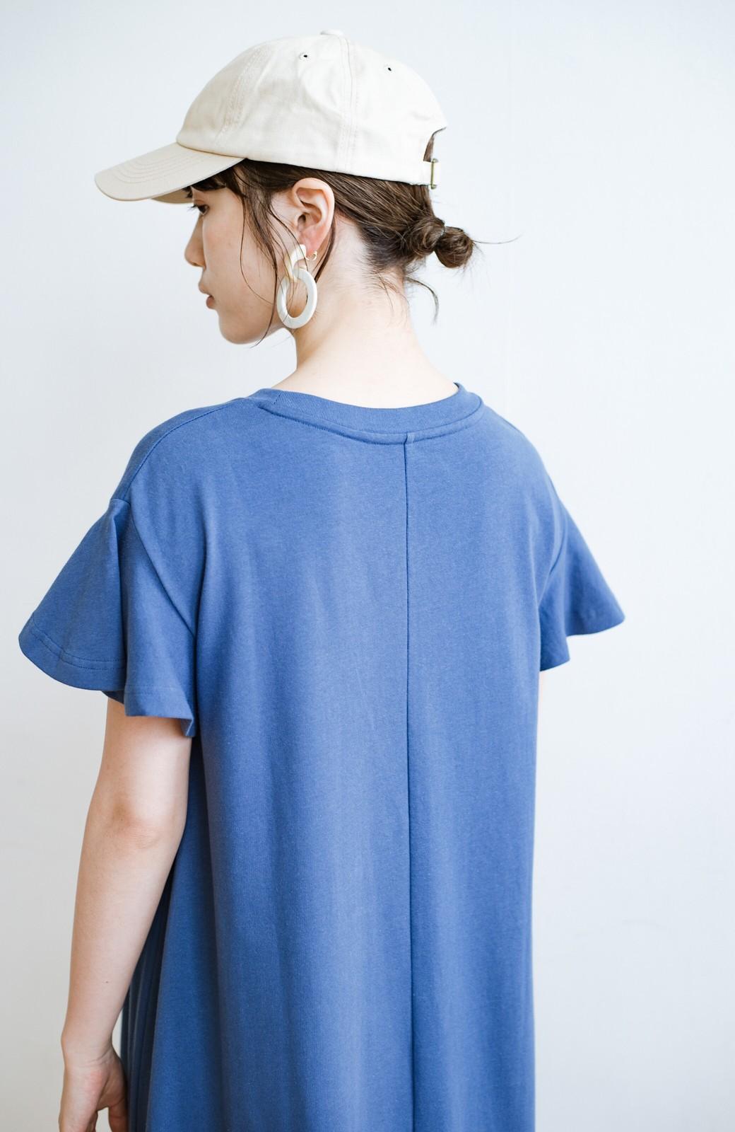 haco! 1枚で完璧シルエット!ひらりと揺れる袖がかわいい楽ちんカットソーワンピース <ブルー>の商品写真4
