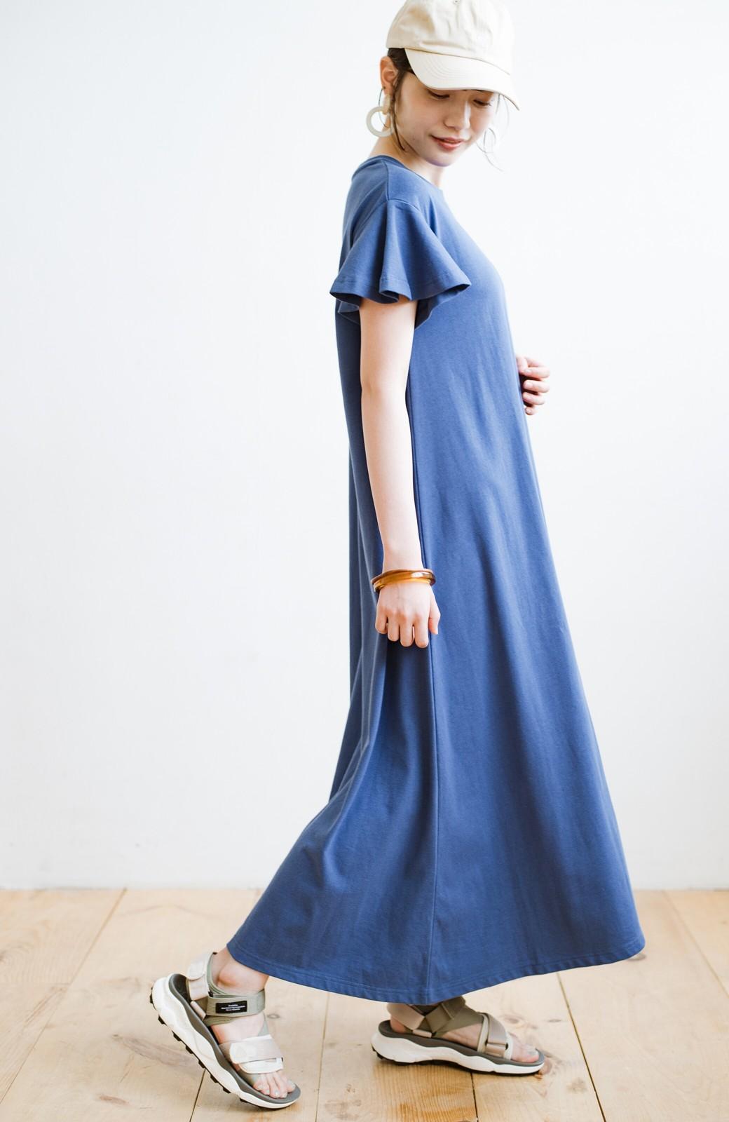 haco! 1枚で完璧シルエット!ひらりと揺れる袖がかわいい楽ちんカットソーワンピース <ブルー>の商品写真6