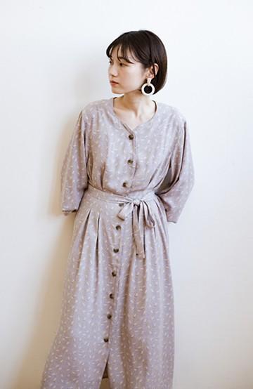 haco! パッと着て華やかさグッとアップ!羽織としても使える便利な柄ワンピース<パープル>の商品写真
