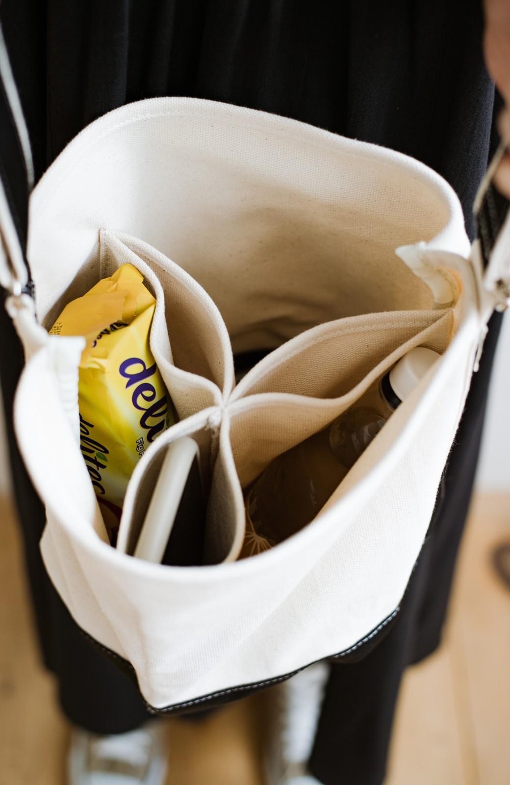 haco! anello®  バケツ型がユニークなミニトートバッグ <ブラック>の商品写真3