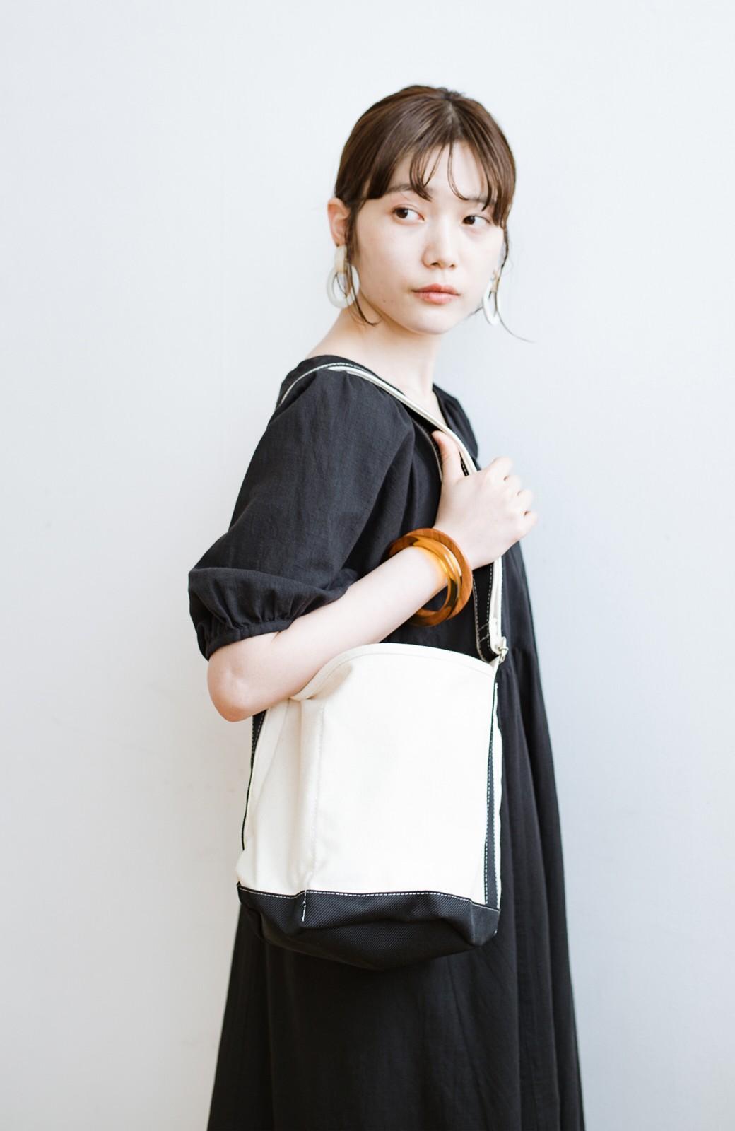 haco! anello®  バケツ型がユニークなミニトートバッグ <ブラック>の商品写真8