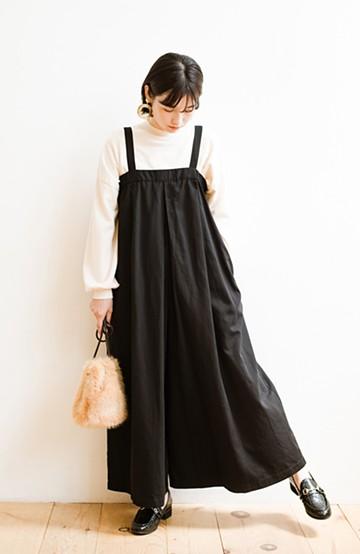 haco! ワンピースみたいに着られる 大人のためのたっぷりボリュームサロペット by que made me <ブラック>の商品写真