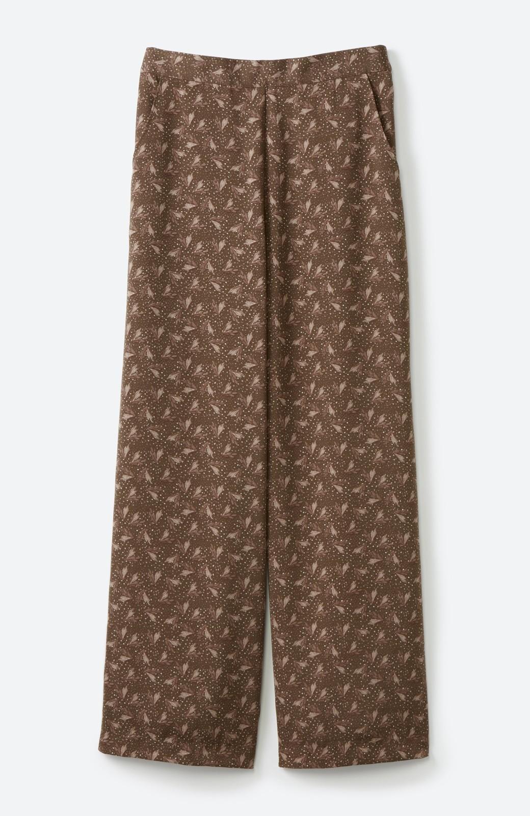 haco! 1枚でも重ね着でもパッと着映えする すっきりシルエットの大人の柄パンツ <ブラウン>の商品写真27