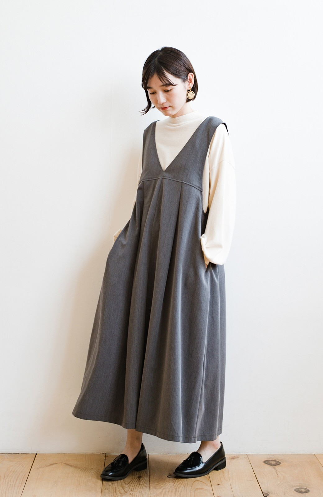 haco! 長め丈登場!Tシャツにもニットにもずーーーっと着られて便利なジャンパースカート <グレー>の商品写真5