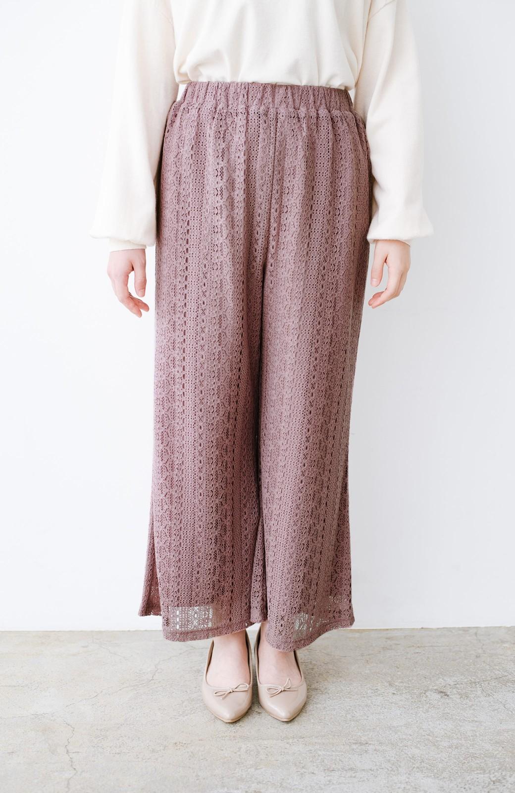 haco! パンツスタイルも女っぽく華やかにきまる 甘さ控えめ柄が着やすいフレアーレースパンツ <ピンク>の商品写真6