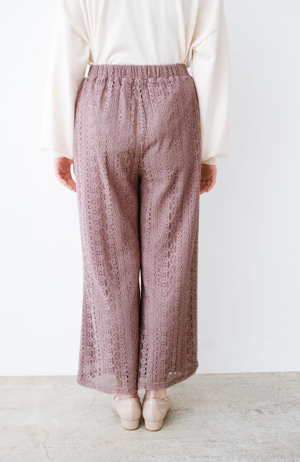 haco! パンツスタイルも女っぽく華やかにきまる 甘さ控えめ柄が着やすいフレアーレースパンツ <ピンク>の商品写真8