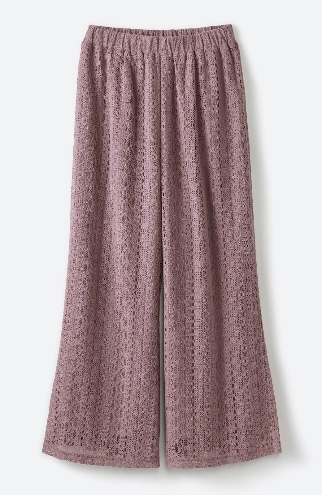 haco! パンツスタイルも女っぽく華やかにきまる 甘さ控えめ柄が着やすいフレアーレースパンツ <ピンク>の商品写真2