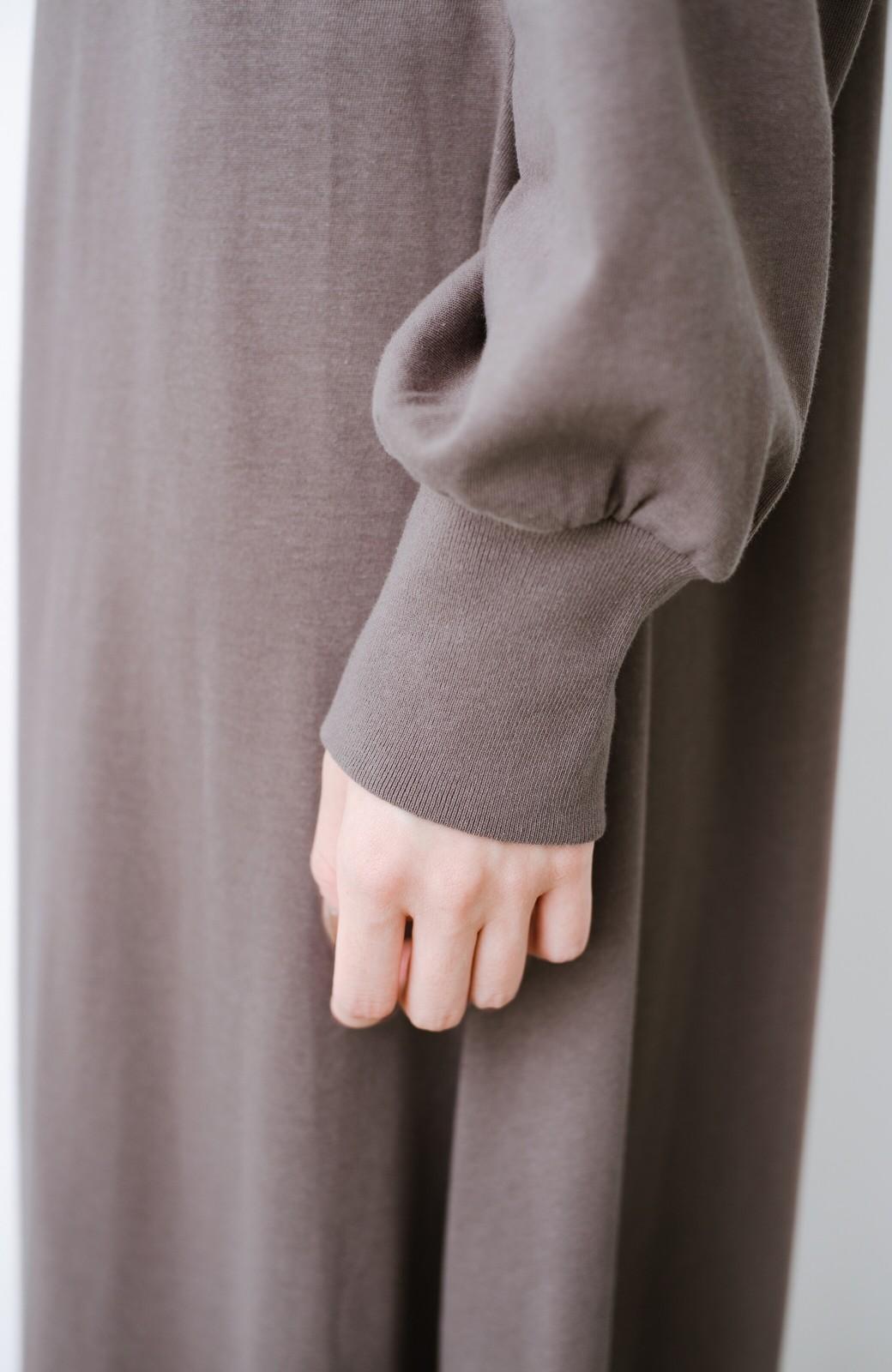 haco! 1枚で完璧シルエット!ぽんわり袖がかわいい楽ちんカットソーワンピース <ブラウン>の商品写真4