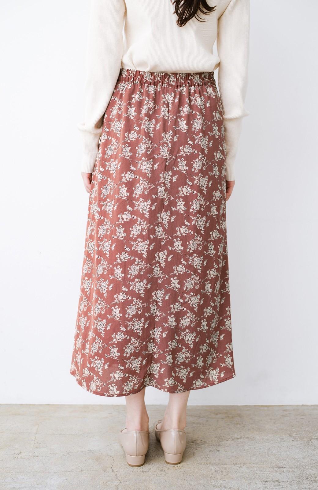 haco! シンプルトップスを合わせるだけで印象アップ間違いなしの花柄ロングフレアースカート <ピンク>の商品写真6