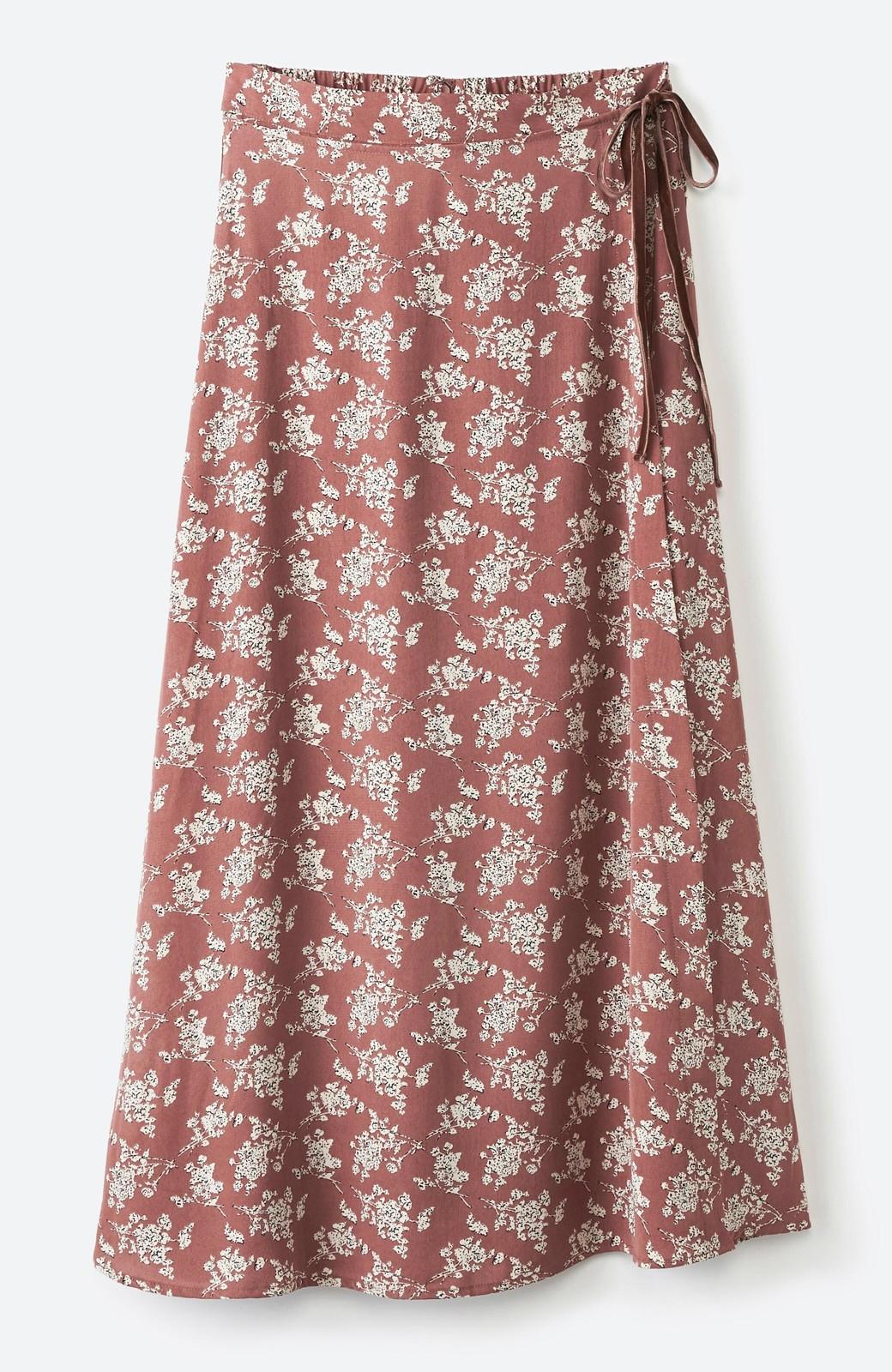 haco! シンプルトップスを合わせるだけで印象アップ間違いなしの花柄ロングフレアースカート <ピンク>の商品写真2