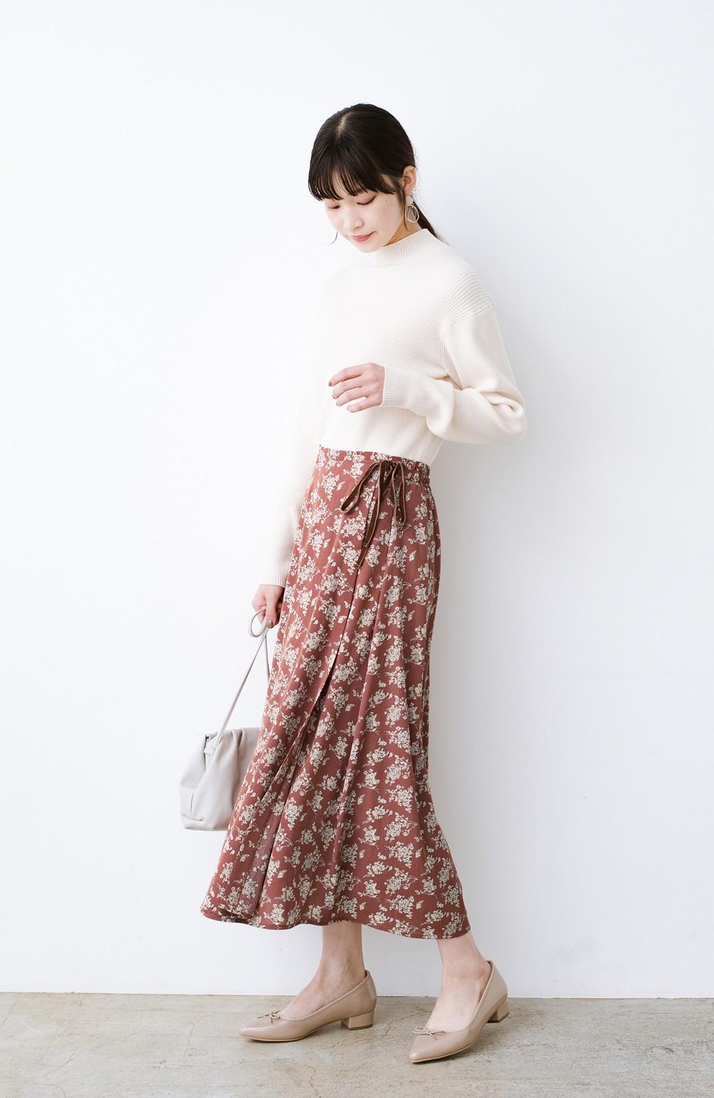 haco! シンプルトップスを合わせるだけで印象アップ間違いなしの花柄ロングフレアースカート <ピンク>の商品写真13