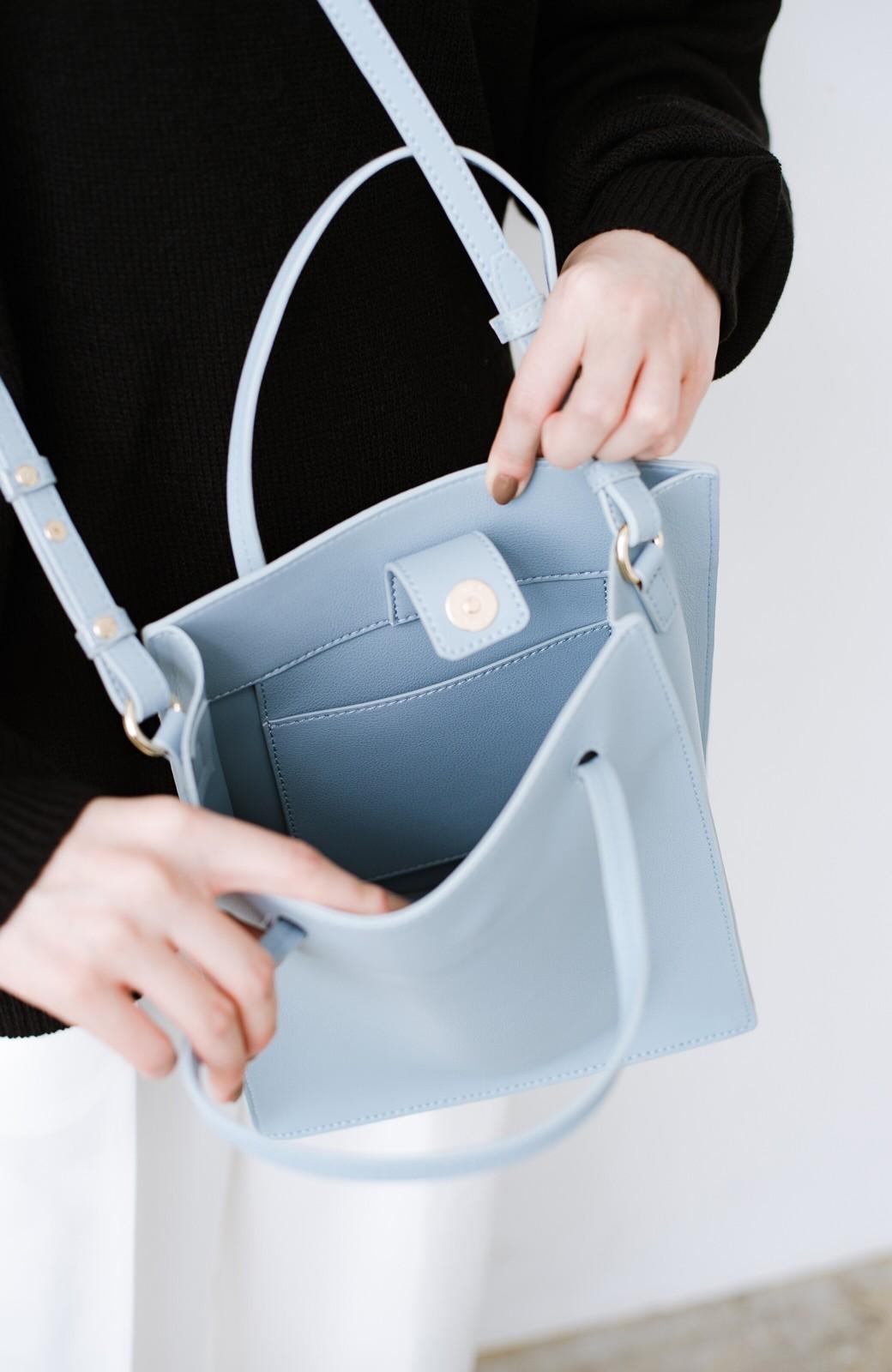 haco! 毎日の相棒!必需品はしっかり入ってコンパクトサイズが可愛い2WAYトートバッグ <ライトブルー>の商品写真4