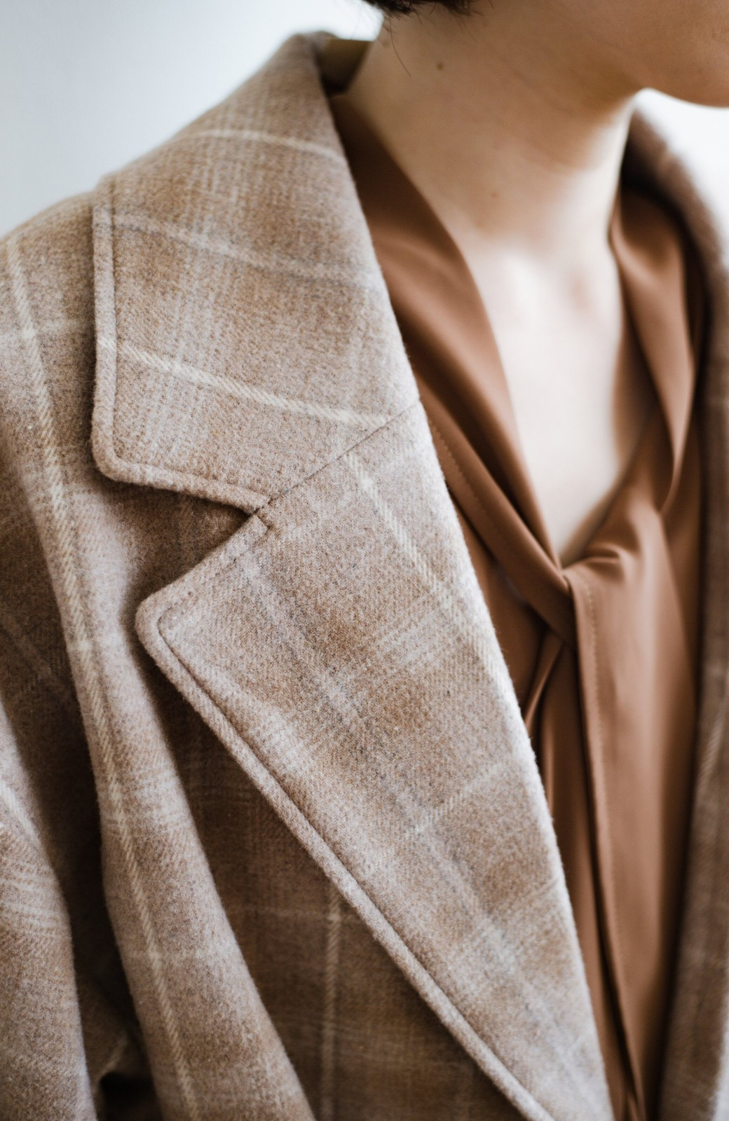 haco! パッと羽織るだけで様になる!カジュアルにも大人っぽくも着られる便利なチェックコート <ベージュ系その他>の商品写真6
