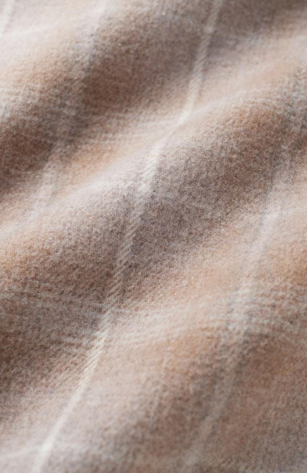 haco! パッと羽織るだけで様になる!カジュアルにも大人っぽくも着られる便利なチェックコート <ベージュ系その他>の商品写真5