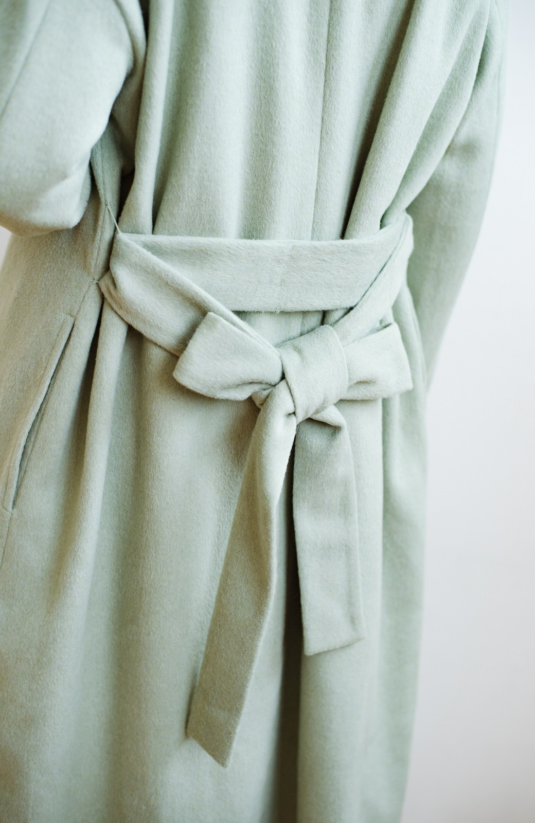 haco! 冬の地味コーデ脱出! さっと羽織って女っぽいきれい色ガウンコート <ミント>の商品写真8