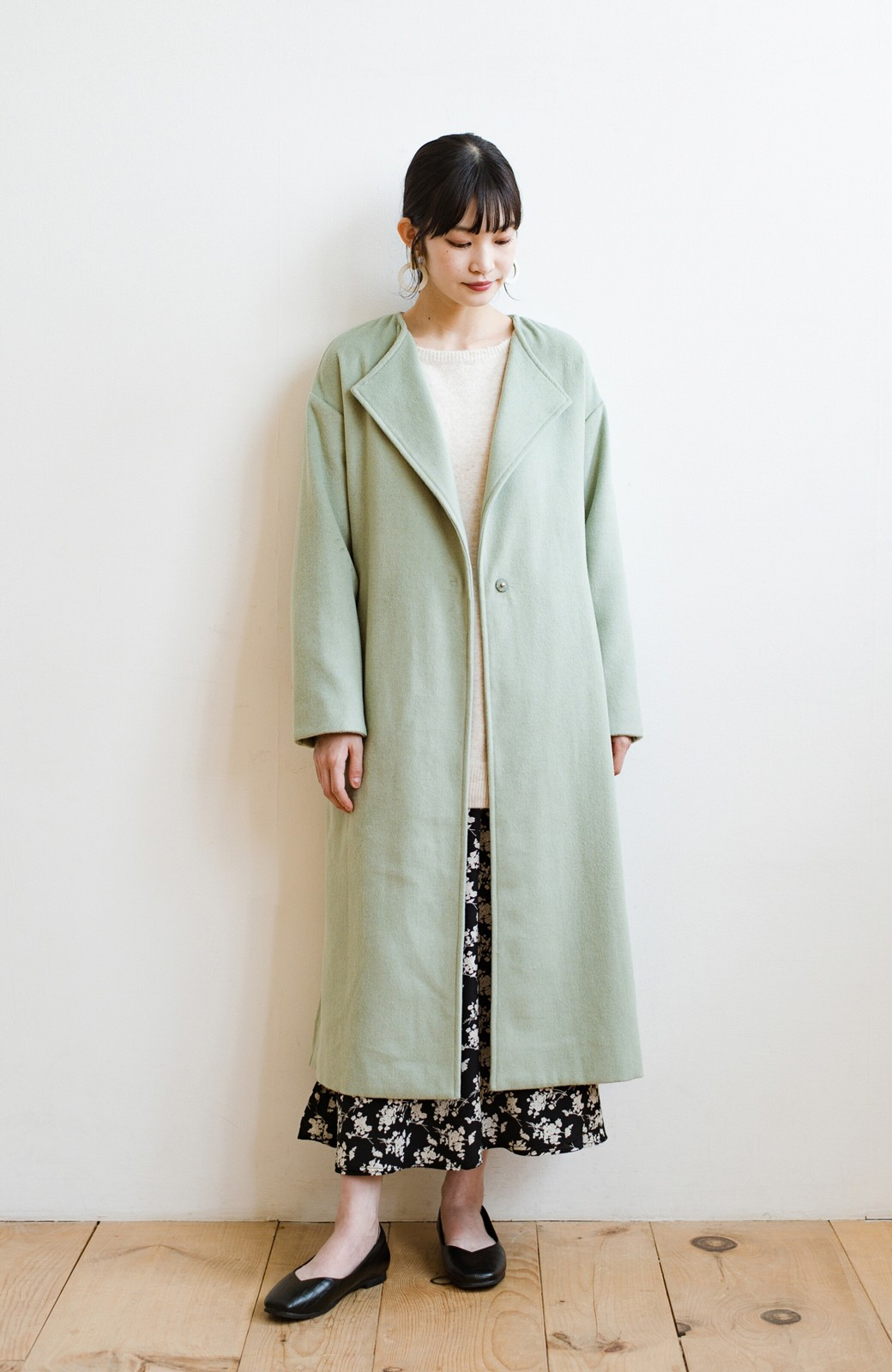 haco! 冬の地味コーデ脱出! さっと羽織って女っぽいきれい色ガウンコート <ミント>の商品写真10