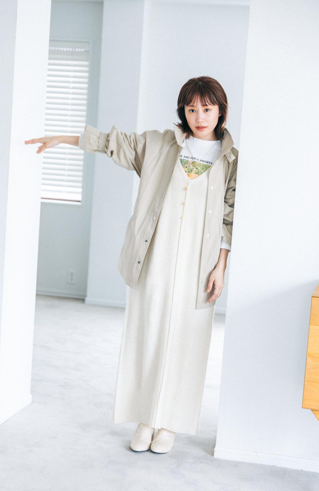 haco! 【高橋愛さんコラボ】フォトプリントのユニセックスロングTシャツ by LOVE&PEACE PROJECT + PBP  <ホワイト>の商品写真20
