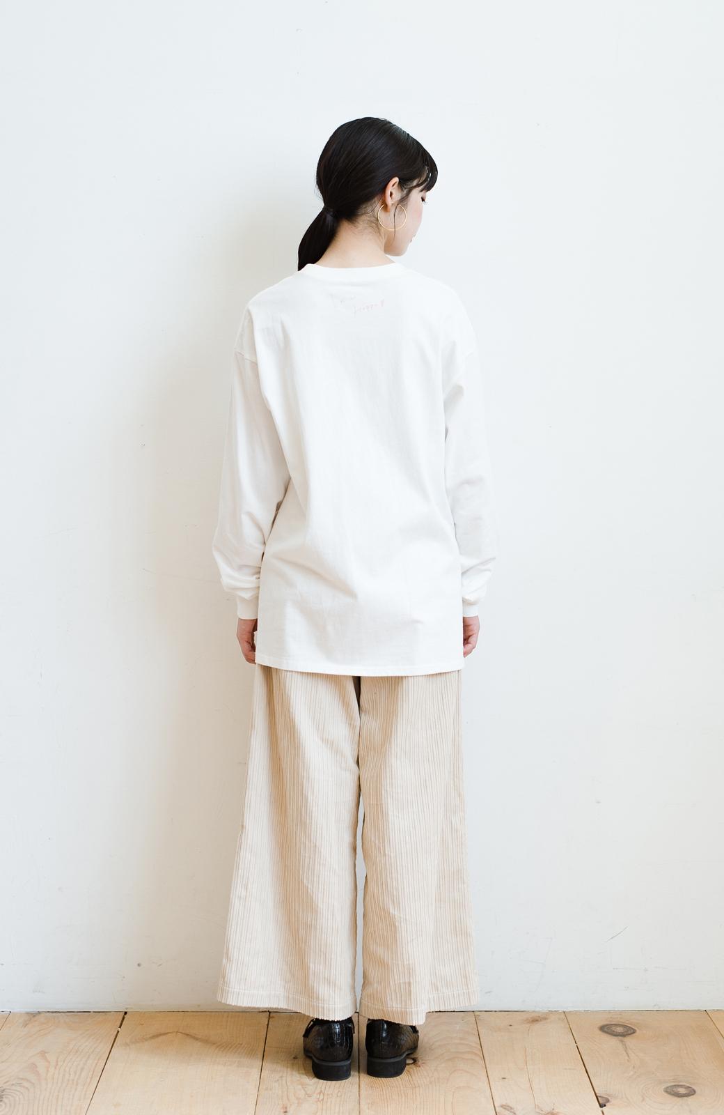 haco! 【高橋愛さんコラボ】フォトプリントのユニセックスロングTシャツ by LOVE&PEACE PROJECT + PBP  <ホワイト>の商品写真26