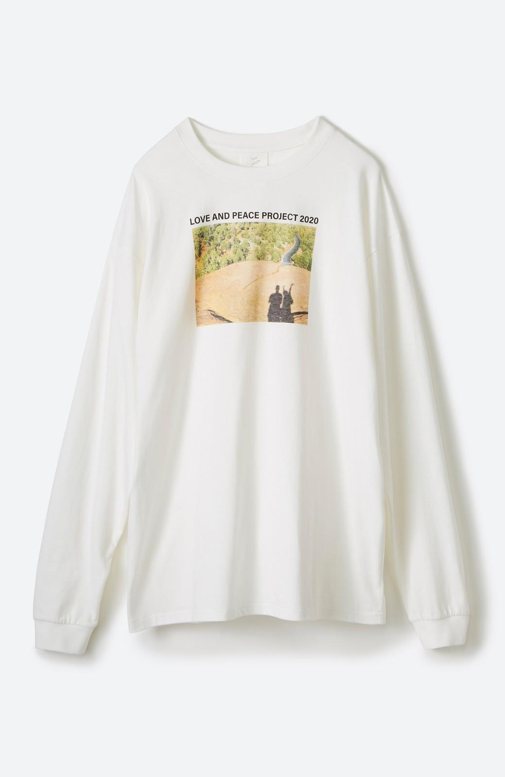 haco! 【高橋愛さんコラボ】フォトプリントのユニセックスロングTシャツ by LOVE&PEACE PROJECT + PBP  <ホワイト>の商品写真14