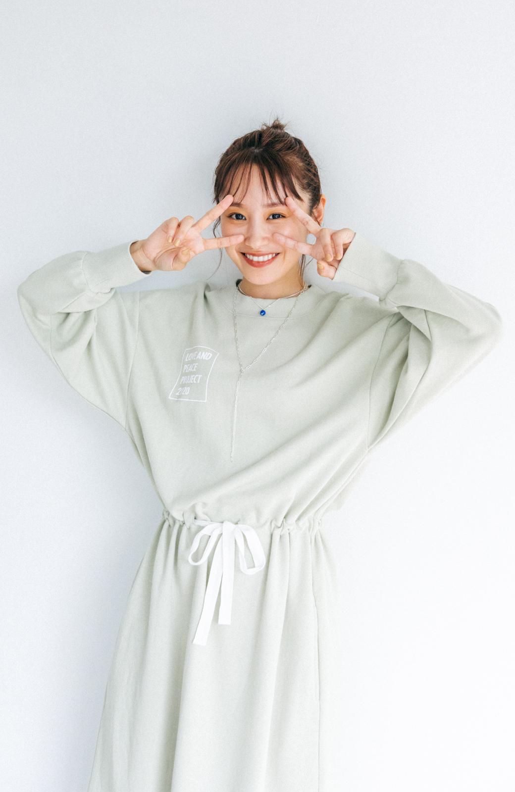 haco! 【高橋愛さんコラボ】ゆるっとオーバーサイズがかわいいロゴプリントワンピース by LOVE&PEACE PROJECT <ミント>の商品写真13