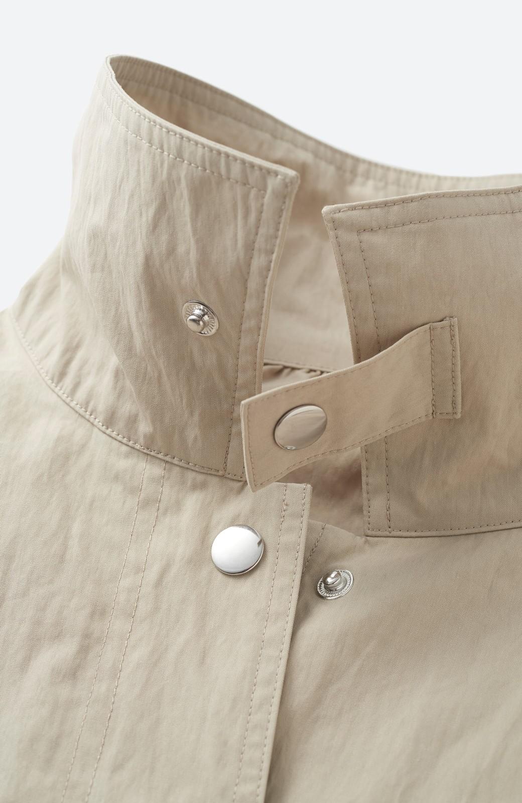 haco! 【高橋愛さんコラボ】Tシャツからニットの時期まで使える オーバーサイズスタンドカラーブルゾン by LOVE&PEACE PROJECT <ライトカーキ>の商品写真10