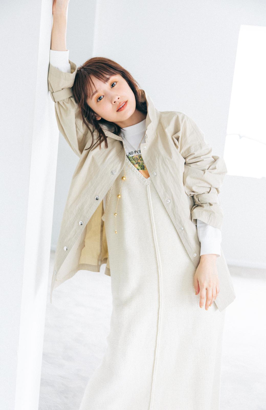 haco! 【高橋愛さんコラボ】Tシャツからニットの時期まで使える オーバーサイズスタンドカラーブルゾン by LOVE&PEACE PROJECT <ライトカーキ>の商品写真17